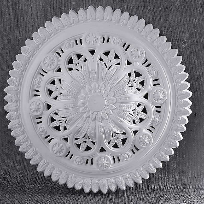 DM7003 800mm Victorian Ceiling Rose
